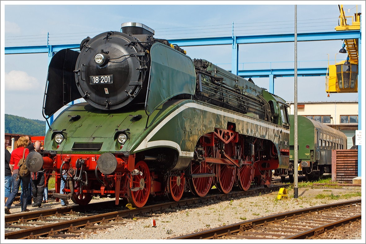 Simply a beauty .... The express train steam locomotive 18 ...