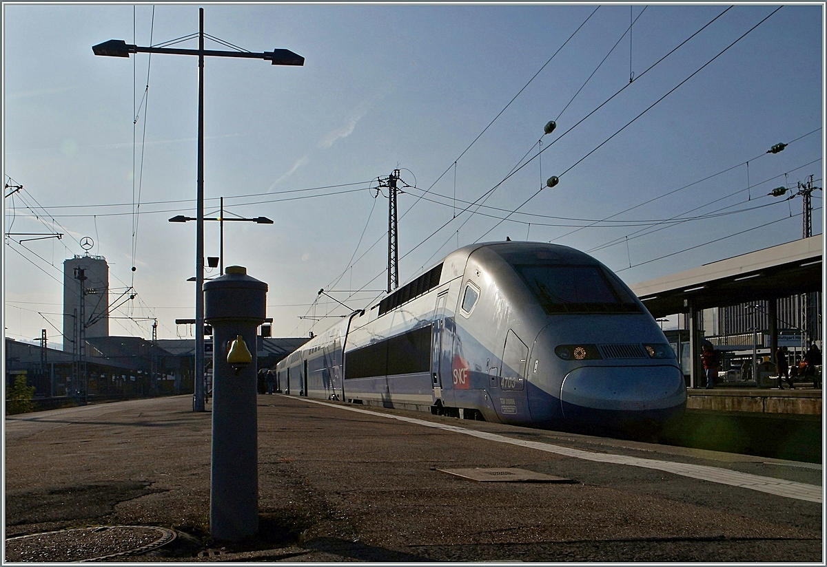 TGV 4703 to Paris in Stuttgart Main Station.
