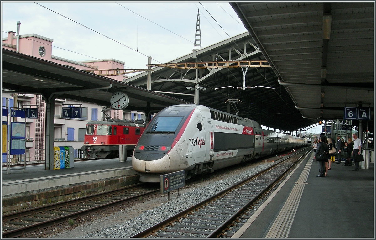 TGV Lyria: The World fastest Rail Speed: 574.5 Km/h 357.18 mph in Lausanne 07.08.2014