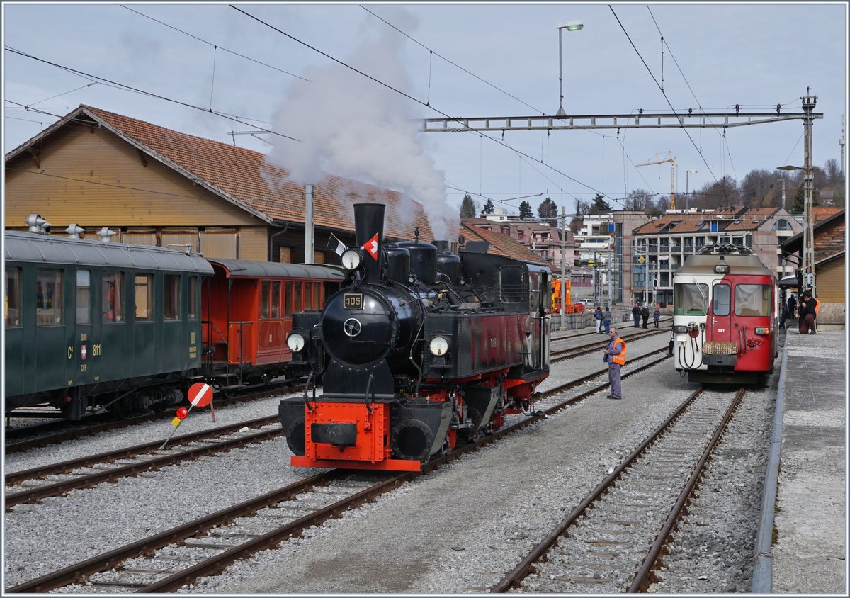 The Blonay-Chamby G 2x 2/2 105 in Châtel-St-Denis.