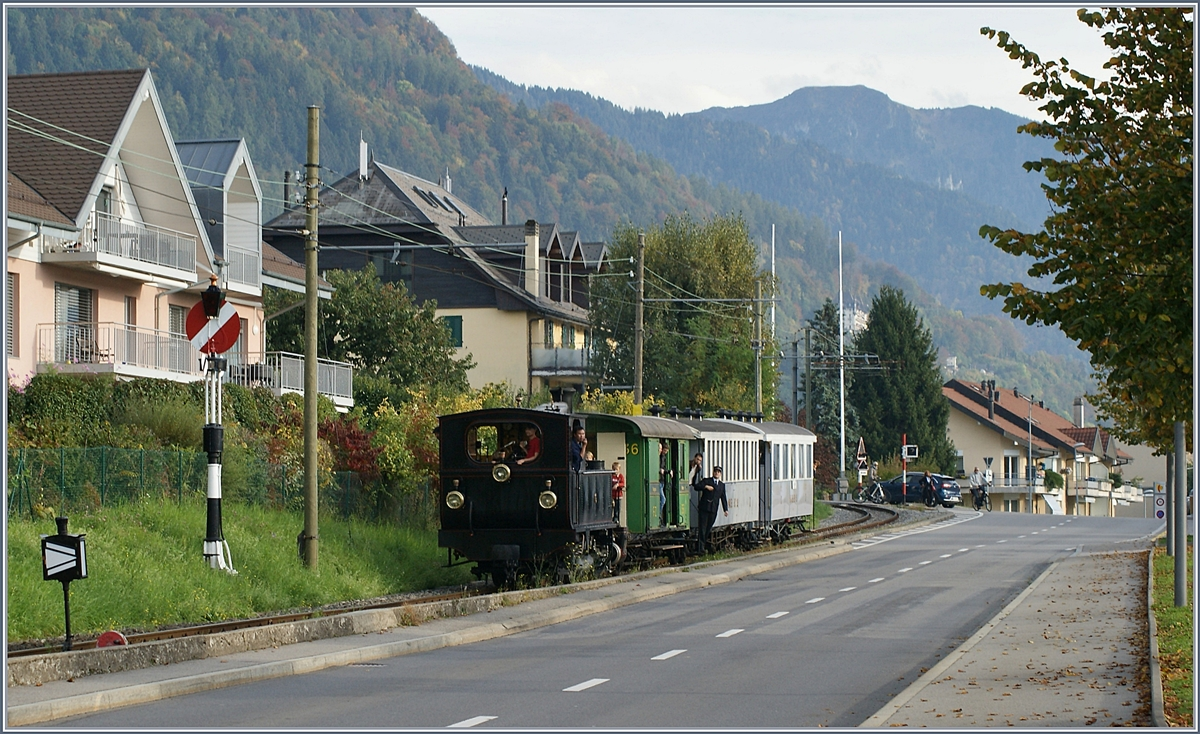 The Blonay-Chamby G 3/3 N° 6 is arriving at Blonay. 