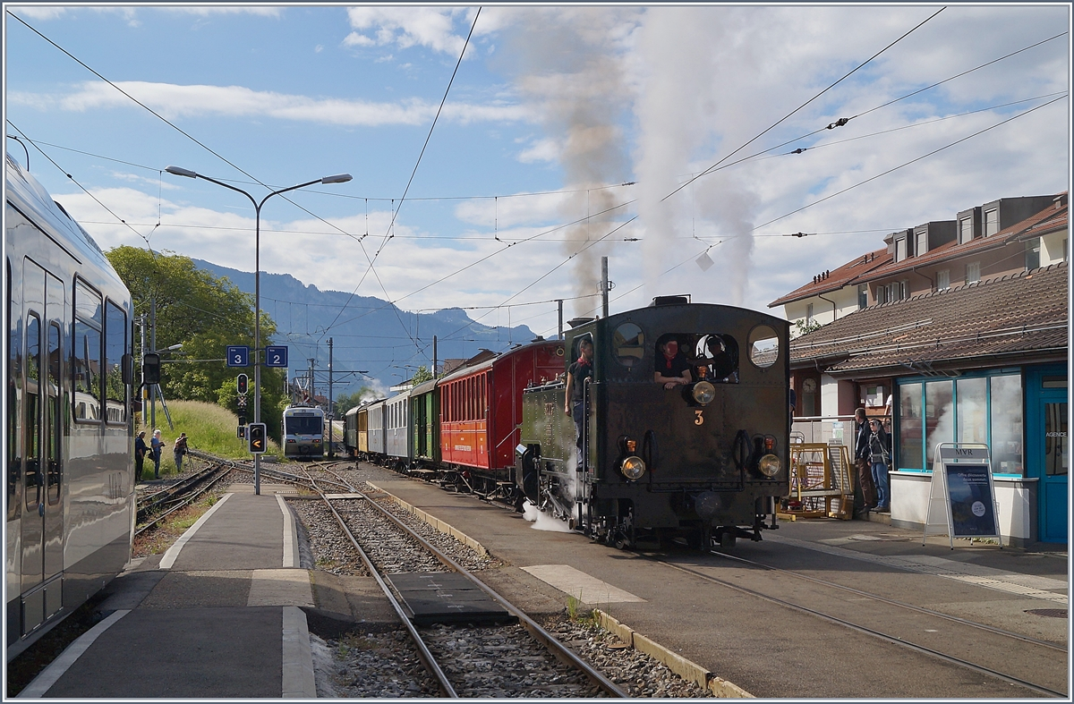 The Blonay - Chamby morning Steamer service Riviera Belle Epoque from Chaulin to Vevey in Blonay.