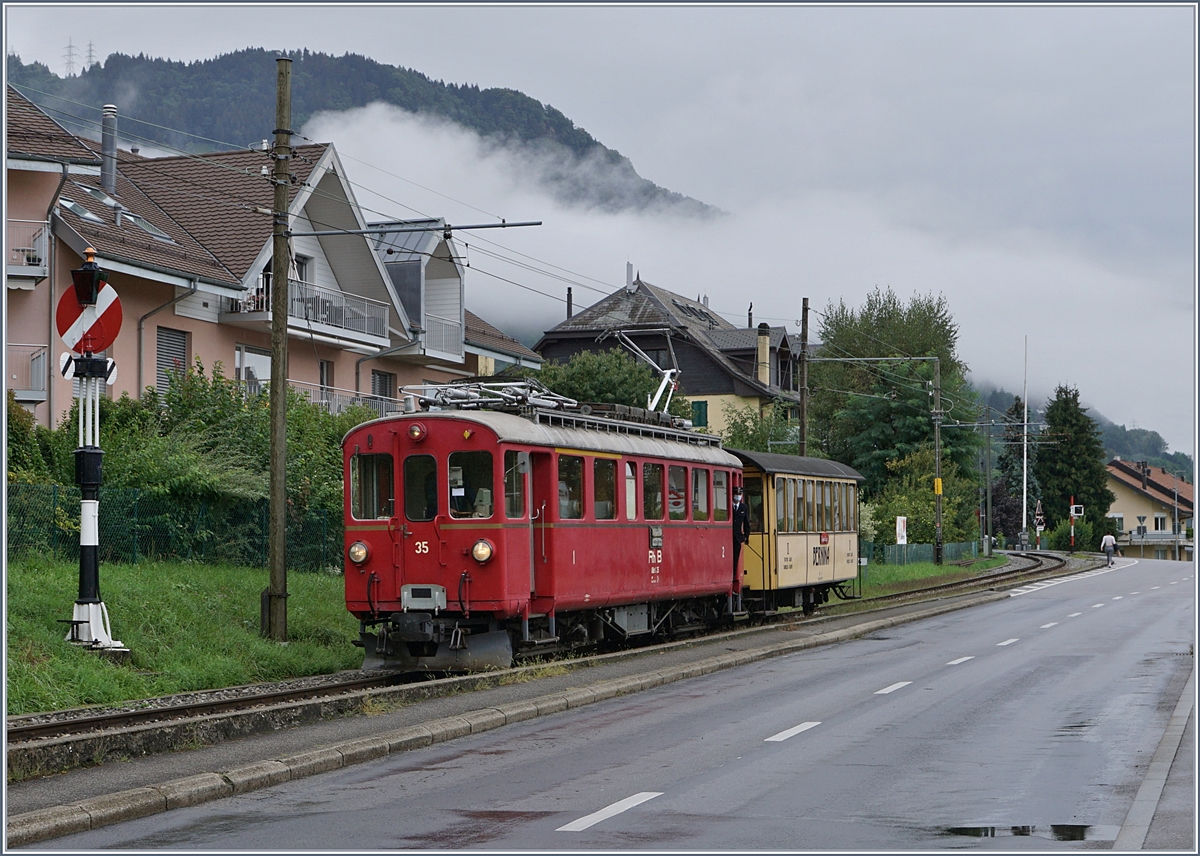 The Blonay -Chamby Riviera Belle Epoque from Chaulin to Vevey is arriving at Blonay. 