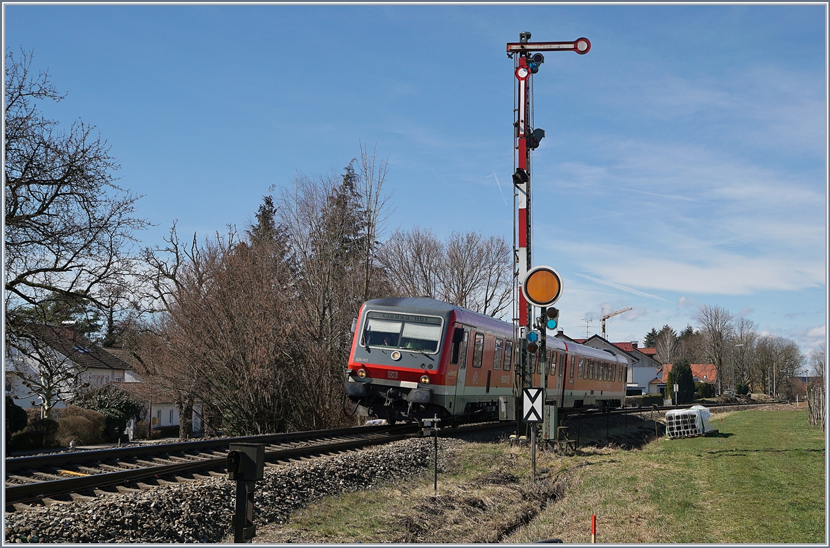 The DB 628 905 on the way to Lindau by Nonnenhorn.