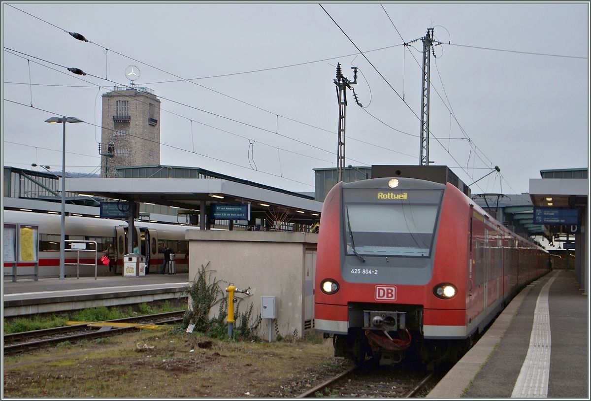 The DB ET 425 804-2 in Stuttgart Main Station.