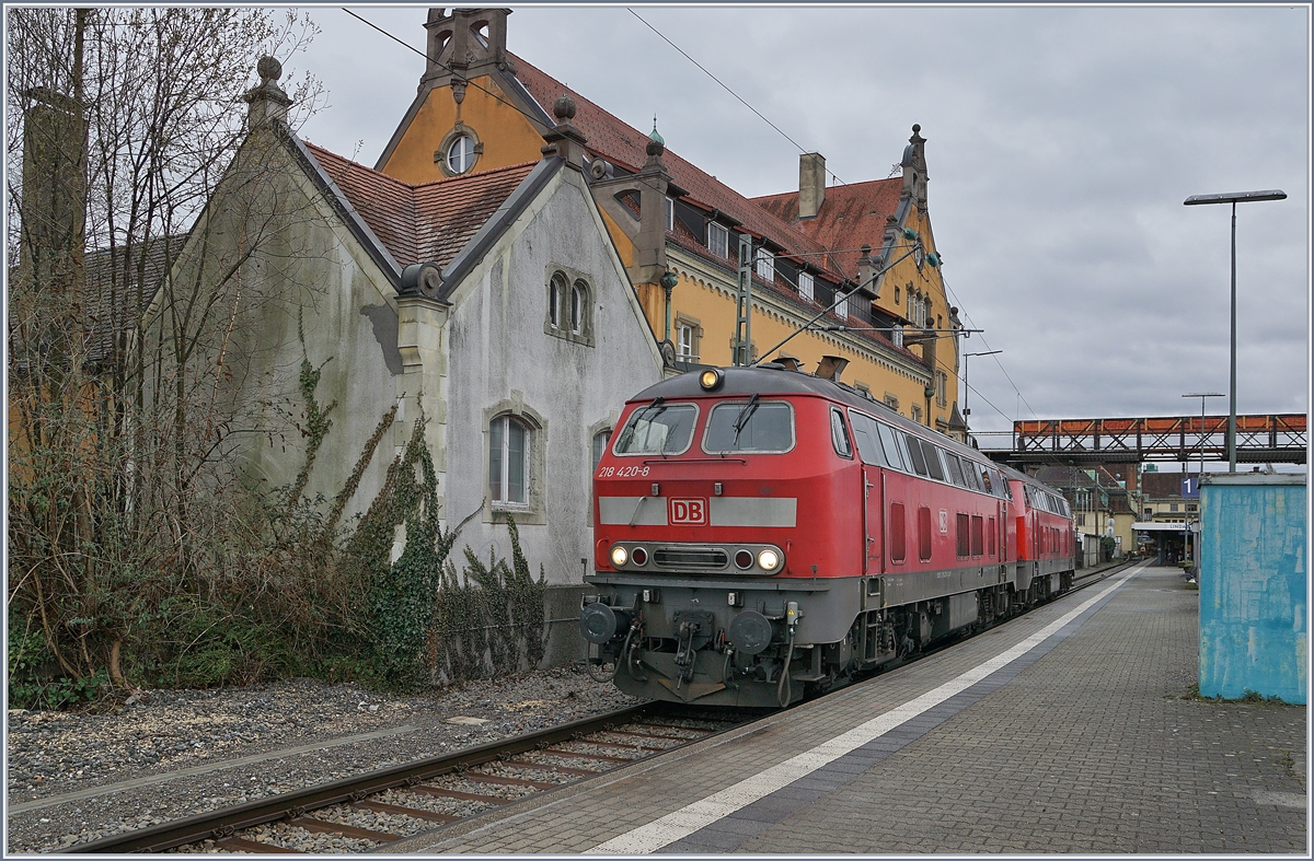 The DB V 218 420-8 and 498-4 in Lindau.