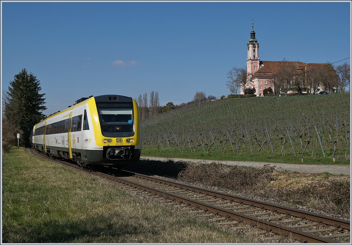 The DB VT 612 053 and an other one on the way to Aulendorf by Birnau.