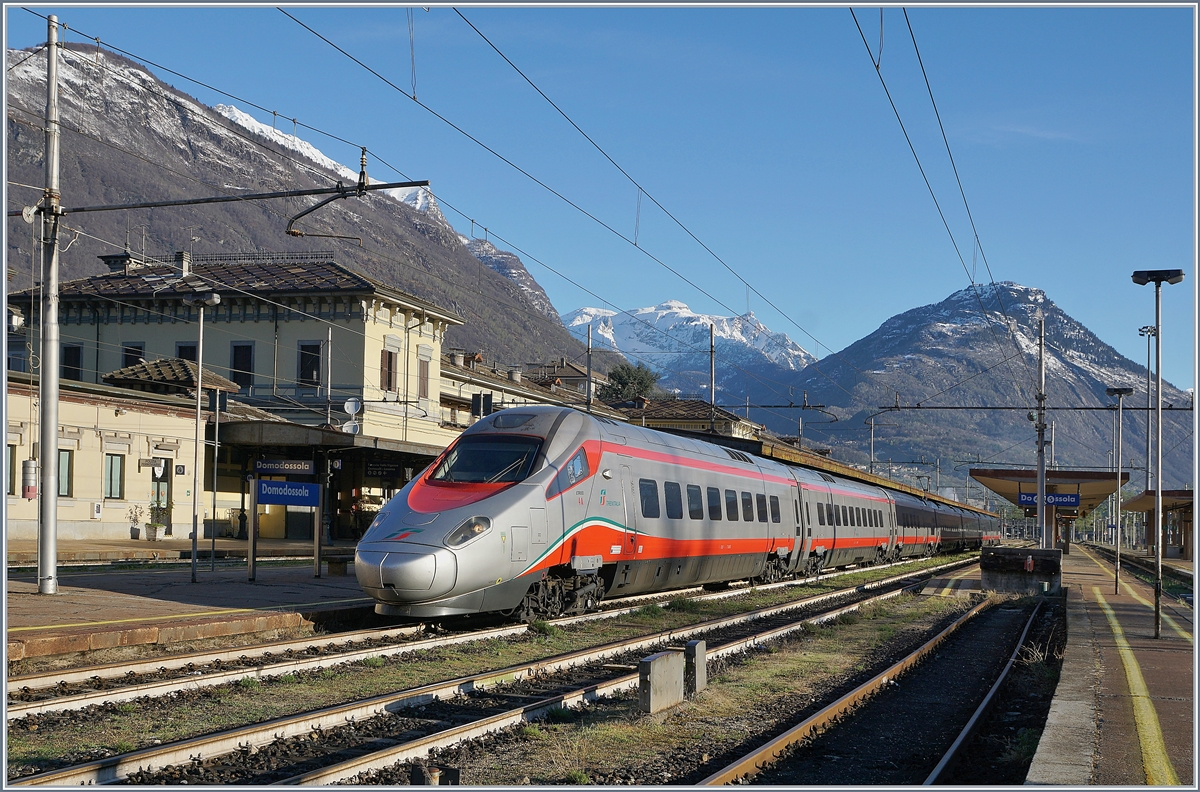 The FS Trenitalia ETR 610 004 in Domodossola.