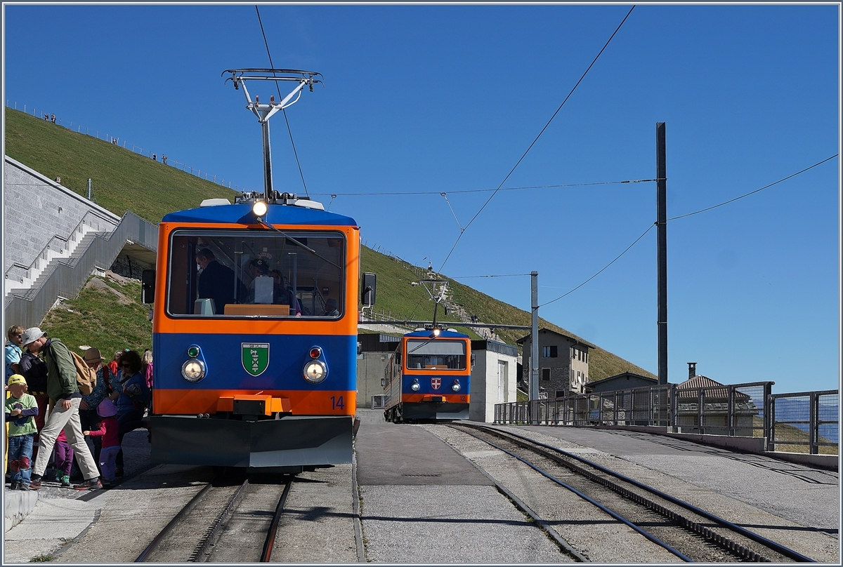 The MG Bhe 4/8 14 and 12 on the summit Station Generoso Vetta.