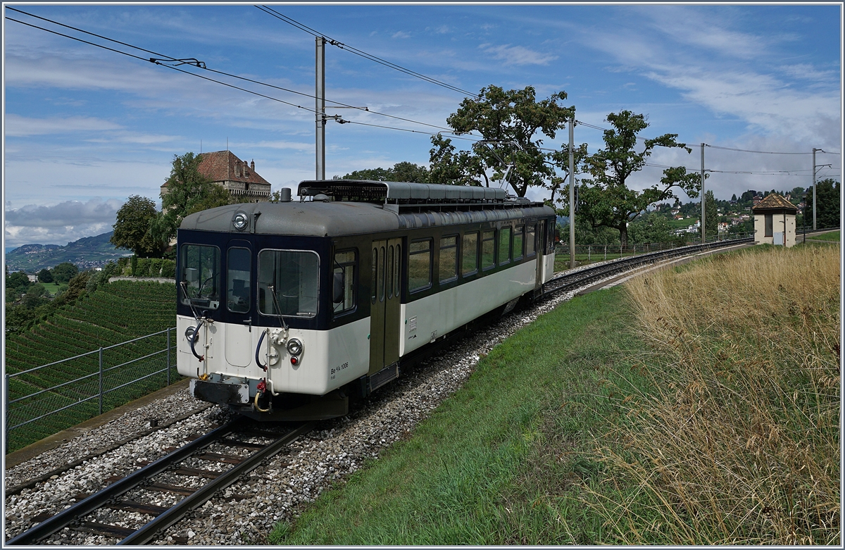 The MOB Be 4/4 1006 (ex Bipperlisi) by Châtelard VD. 