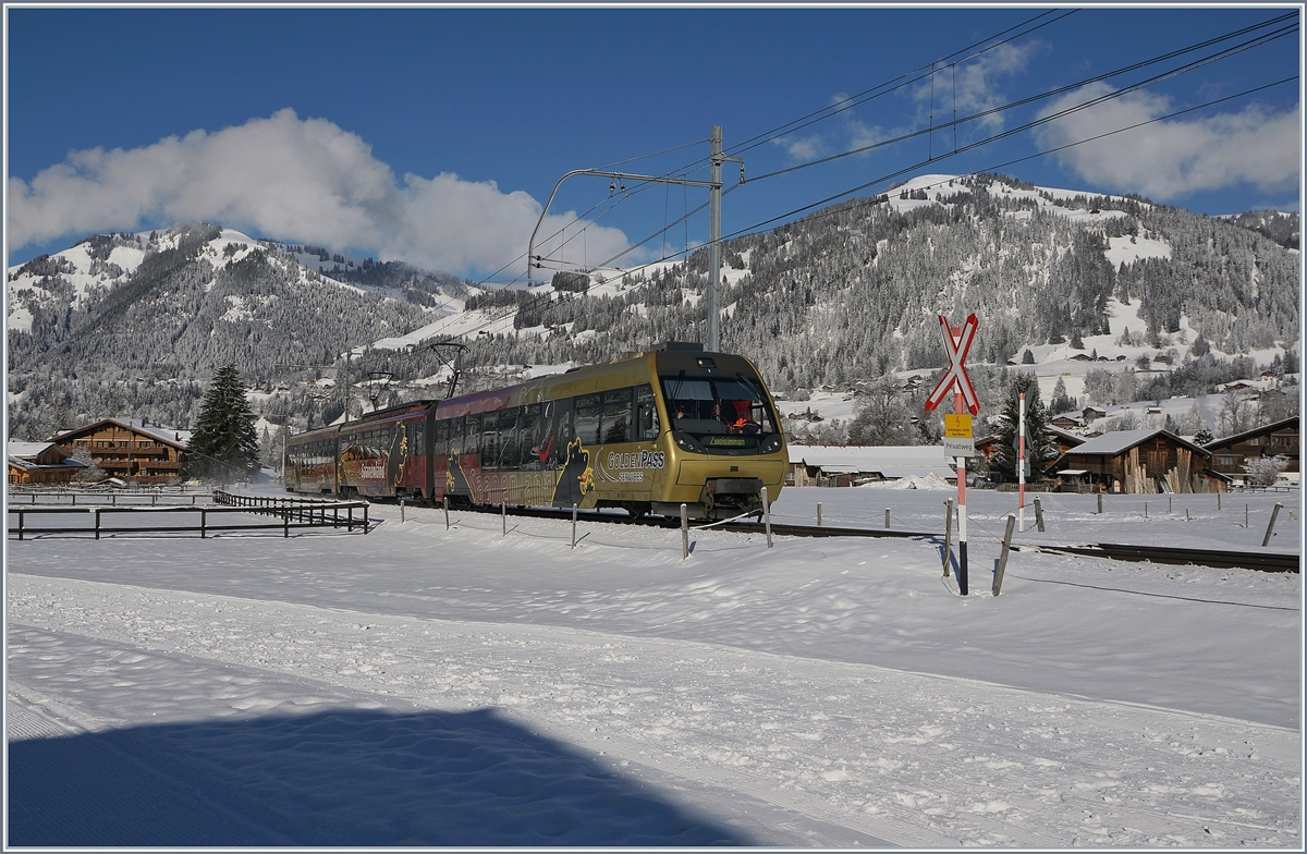 The MOB local train from Rougemont to the Lenk between Saanen and Gstaad. 02.02.2018