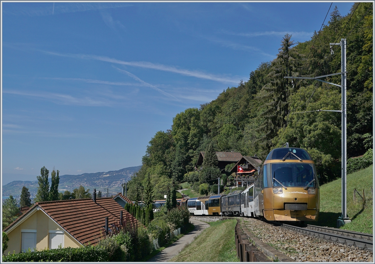 The MOB Panoramic Express from Zweisimmen to Montreux near Chernex.