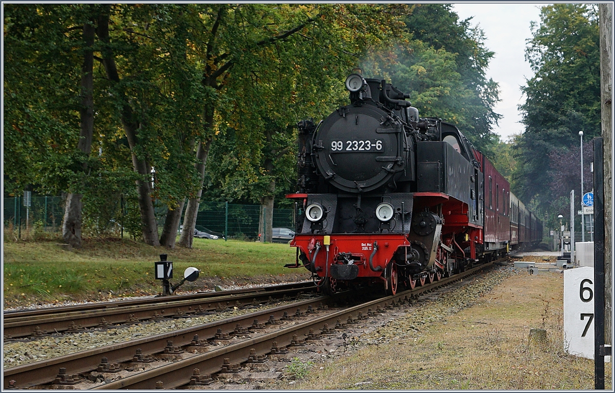 The MOLLI 99 2323-6 is arriving at Heiligendamm.