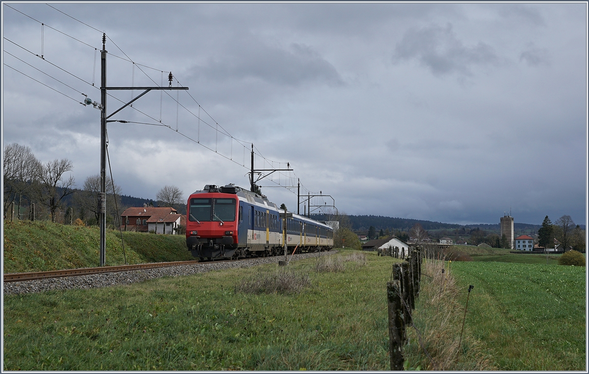 The SBB NPZ RE from Frasne to Neuchatel by Les Verrières.