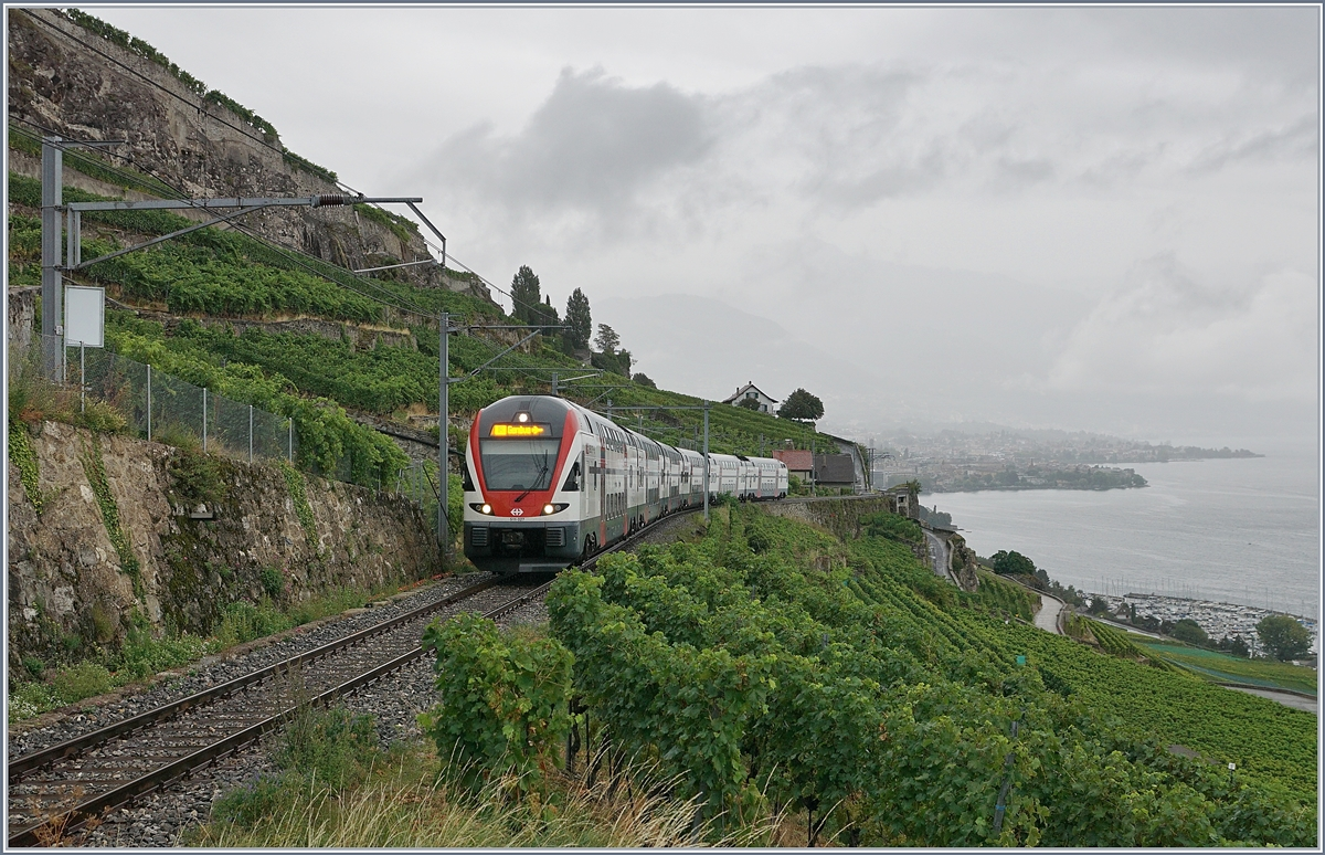 The SBB RABe 511 027 is the IR 90 from Brig to Genève and is runig via the Trains de Vigens Lignes.