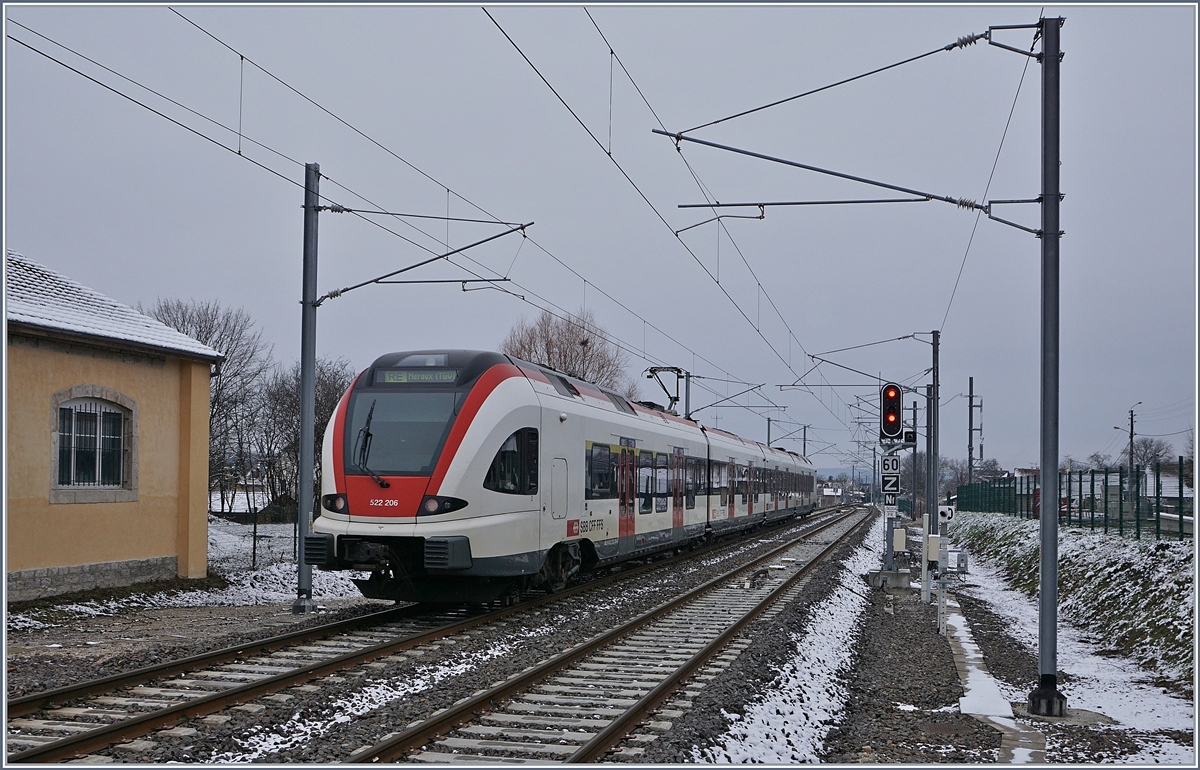 The SBB RABe 522 206 is leaving Grandvillars on his way to Meroux TGV.
