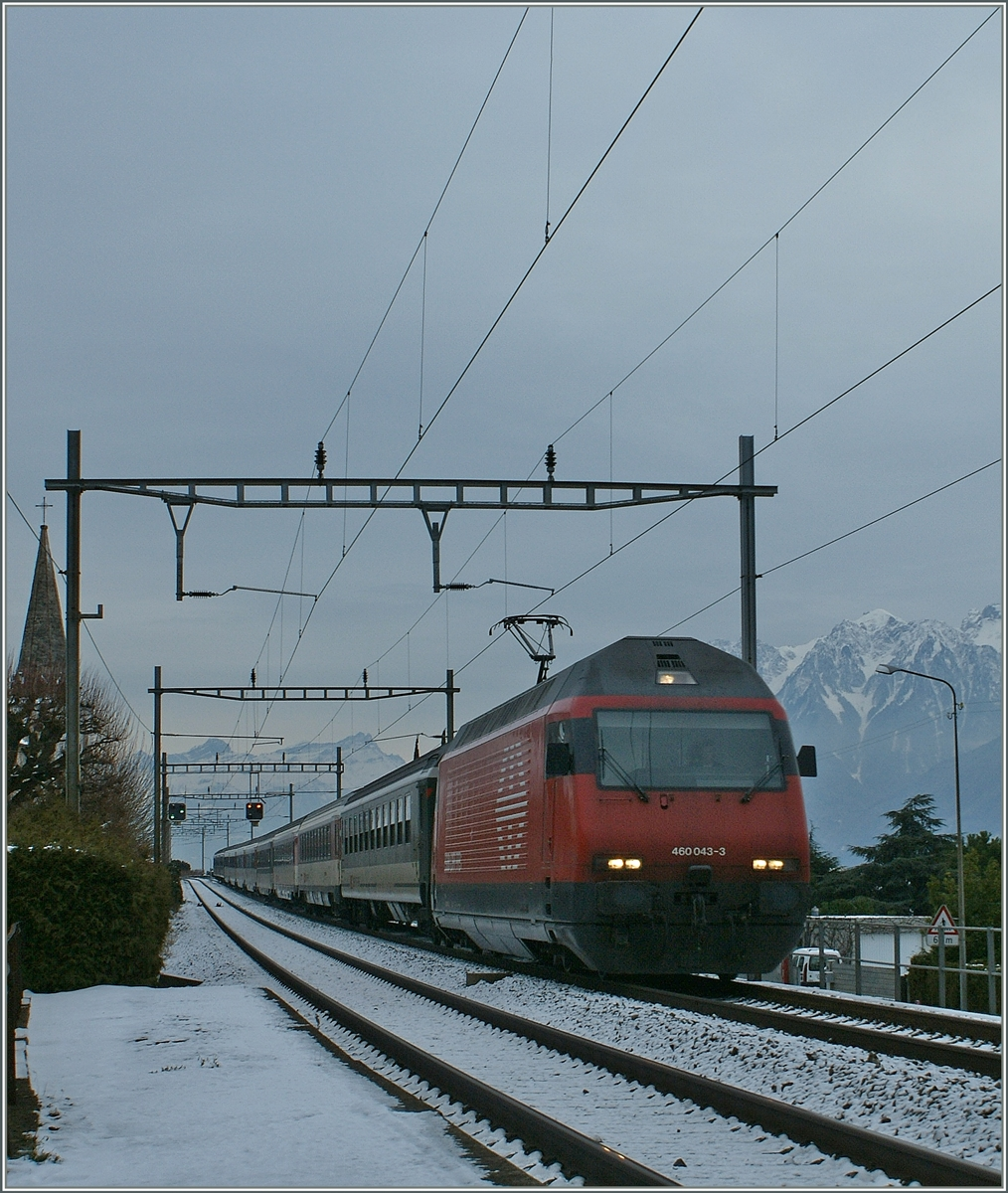The SBB Re 460 043-3 by Villette VD.