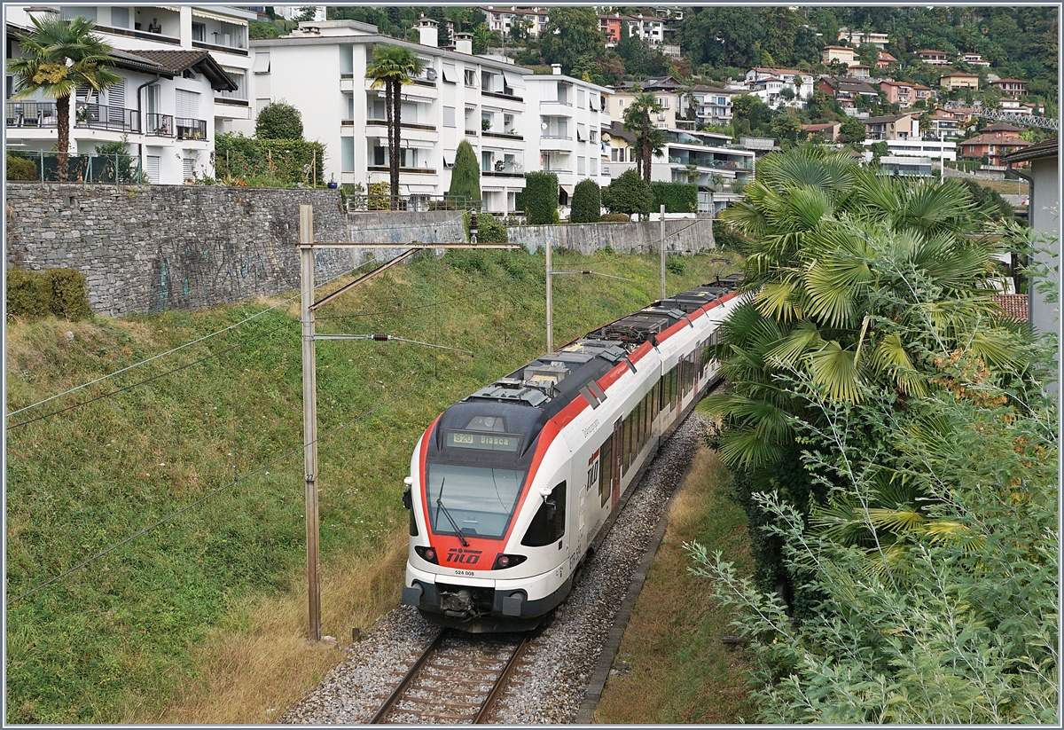 The SBB TILO RABe 524 008 to Biasca by Locarno.