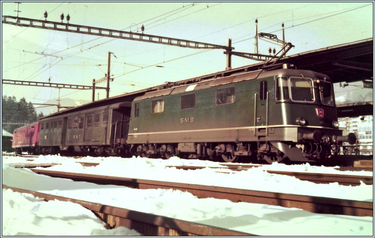 The SMB Re 4/4 III 181 wiht a local train to Solothurn in Moutier. 