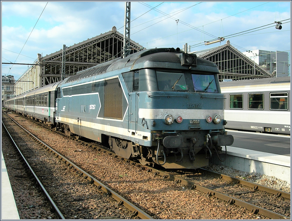 The SNCF BB 67 357 in Tours.
