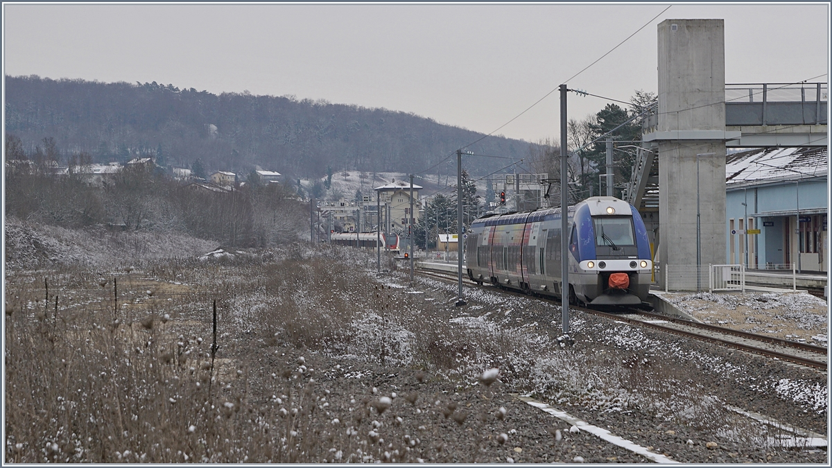 The SNCF Z 27570 to Belfort in Delle. 