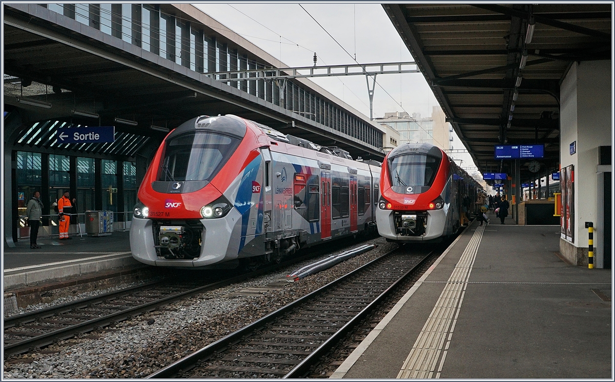 The SNCF Z 31517 to Coppet and the SNCF Z 31533 to Annemasse in Geneva.