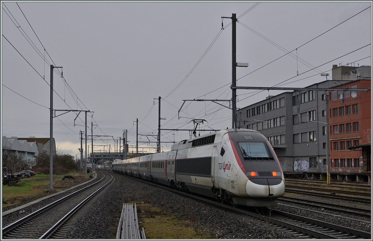 The TGV Lyria from Bern to Paris in Basel St.Johann.