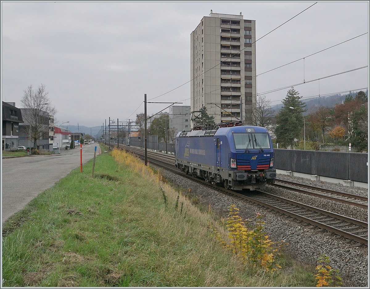 The WRS 193 493 on the way to Biel/Bienne by Grenchen.