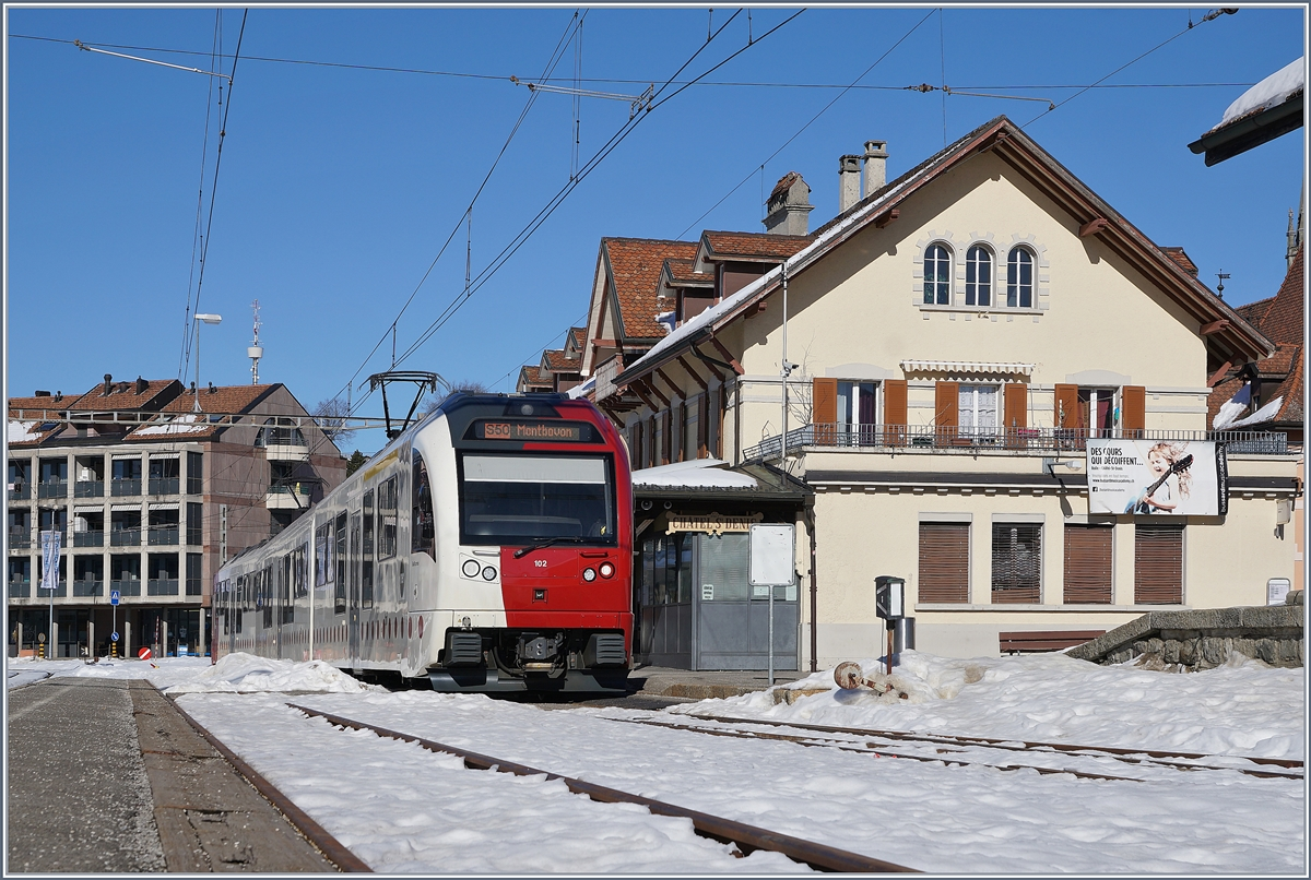 TPF local train (with the ABe 2/4 102) in Châtel St-Denis.