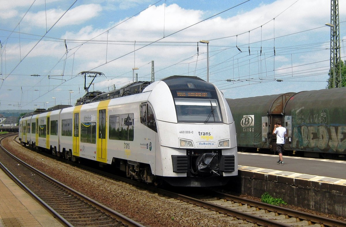 Trans regio 460 006 calls at Koblenz-Lützel on 2 June 2012.