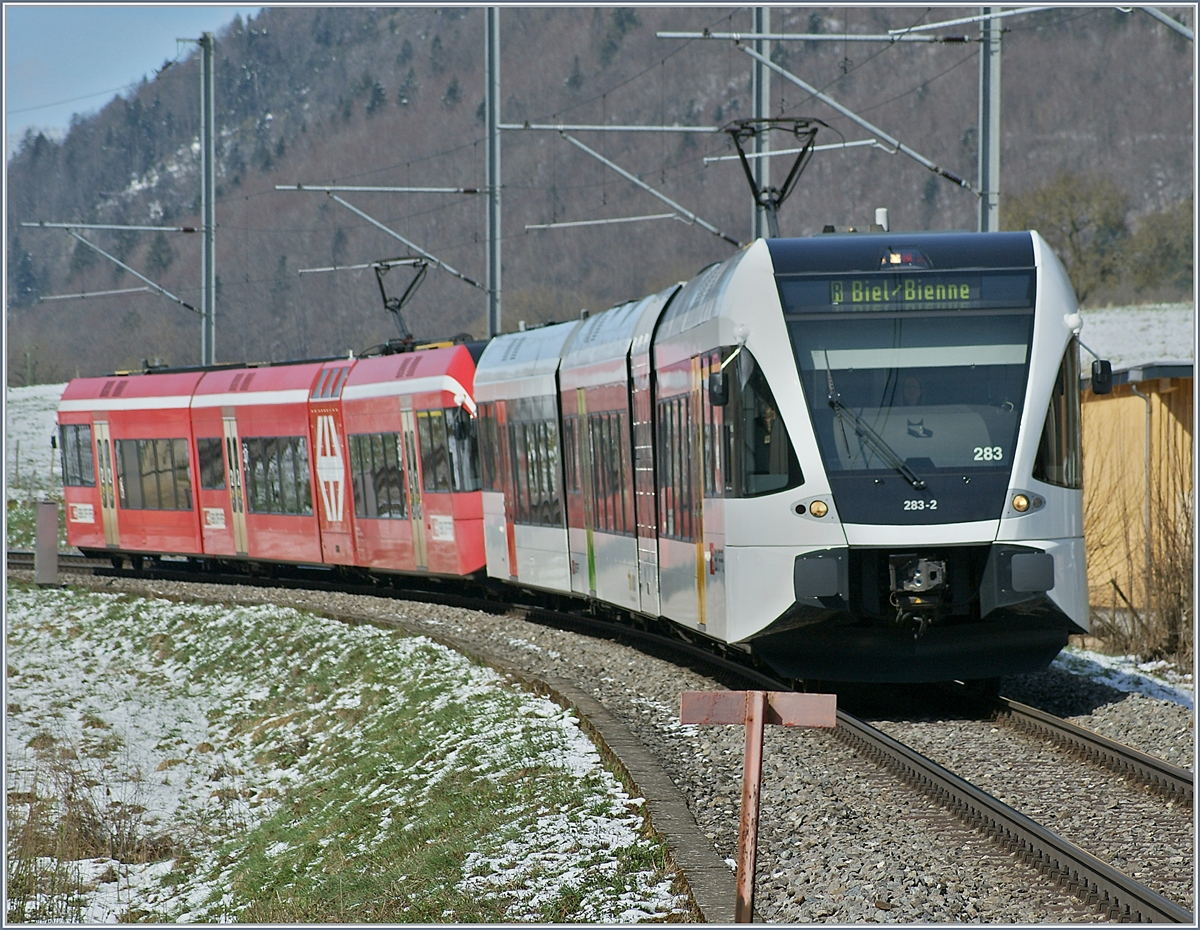 Two GTW RABe 2/8 on the way to Biel/Bienne by La Heutte.