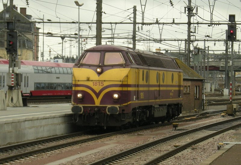Maybe not the best. but the my once (dictial)-Picture from the CFL Diesel locomotives Series 1800: the 1815 in Luxembourg City Station. 