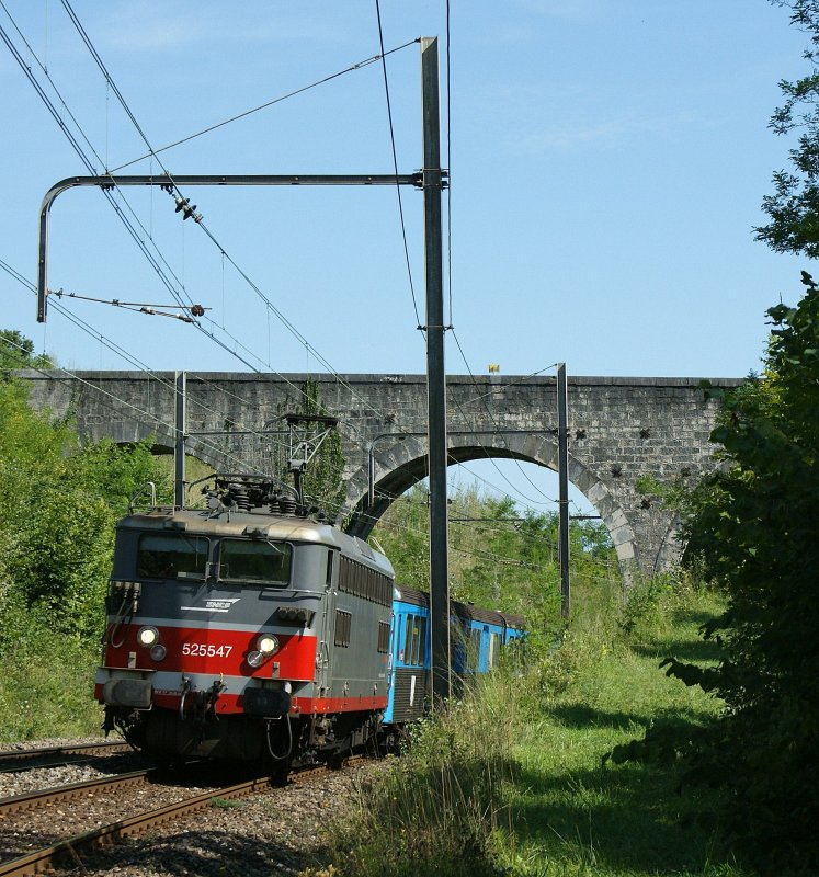 SNCF BB 25 547 wit his RIO-train Composition between Satigny and Russin