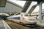 On 20 May 2003 TGV 13 calls at Lille-Flandres with a service from Paris Nord.