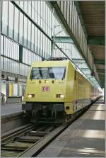 The DB 101 013-1 in Stuttgart Main Station.