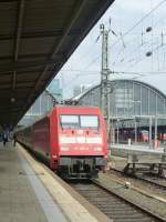 101 082-6 is standing in Frankfurt(Main) central station on August 23rd 2013.