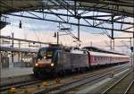 MRCE ES 64 U2 - 001 is hauling a local train into the main station of Erfurt on December 26th, 2012.