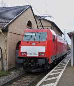 . 186 336-4 is running alone through the station of Ensdorf on December 20th, 2014.