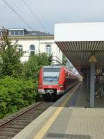 423 305-2 is standing in Frankfurt(Main) South on August 23rd 2013.