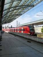 Two VT 423 are arriving in Köln main station on August 21st 2013.