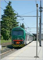 The Trenord 711 027 by his stop in Gallarate. 