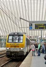 . The IR 117 Liers - Luxembourg City is entering into the station Liège Guillemins on April 6th, 2014.
