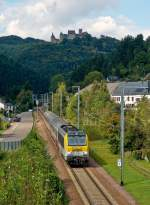 . 3015 is hauling the IR 115 Liers - Luxembourg City through Michelau on September 20th, 2014.