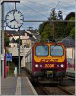 Z 2005 is entering into the station of Wiltz on July 8th, 2011.
