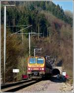 Z 2020 is leaving the tunnel Bourscheid near Michelau on November 21st, 2011.