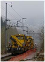 Two maintenance engines are running between Goebelsmühle and Michelau on November 16th, 2011.