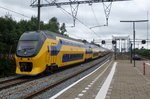 NS 9582 speeds through Zwijndrecht on 16 July 2016.