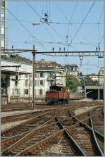 A smal Lok in a big station: Ee 3/3 in Lausanne. 