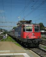 The SBB 421 389-8 is arriving with his EC to München in St-Margarethen.