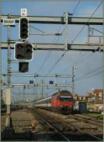 SBB Re 460 049-0 with an IR to Biel/Bienne by Bern Wankdorf.